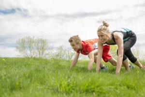 Bewegung im Freien hilft beim Lernen, Sport mit der ganzen Familie